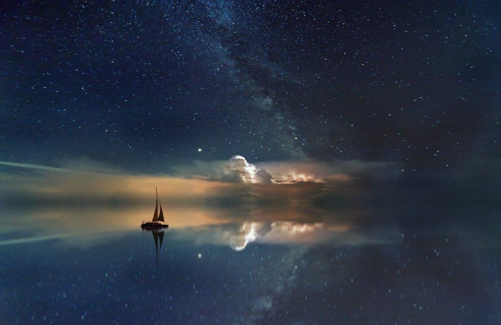 Océan et ciel étoilé